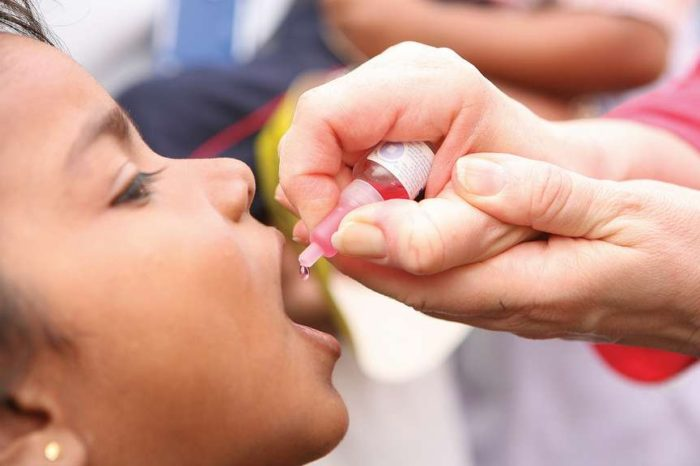 Argentina modifica su esquema de vacunacion contra la poliomielitis