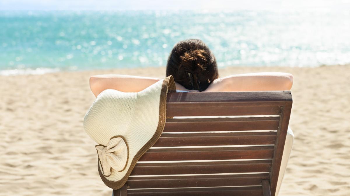 ¿Cuales son los peligros para la salud de tomar el sol?