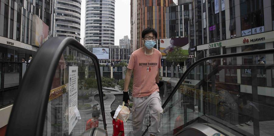 China mantiene tendencia de cifras mínimas con tres nuevos casos de COVID-19