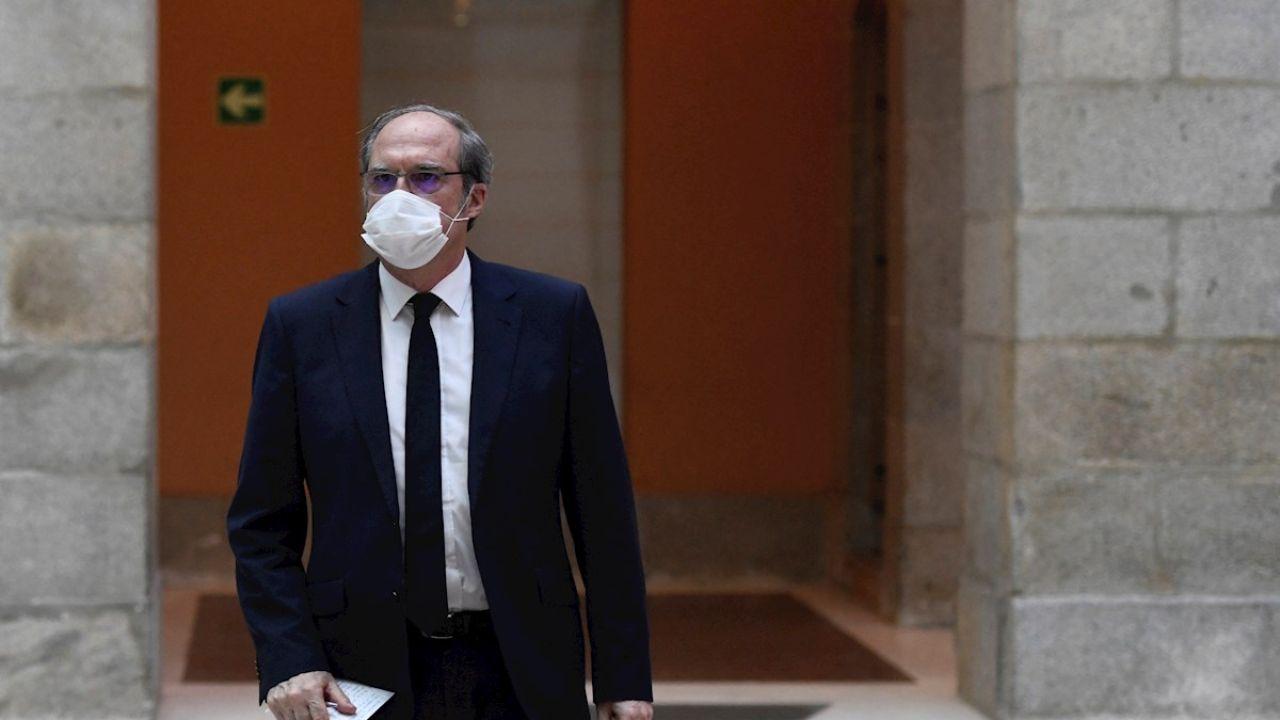 """Ángel Gabilondo pide a Ayuso que cese al consejero de Sanidad por su """"deficiente gestion de la crisis"""""""