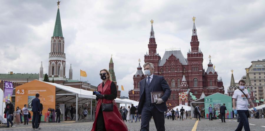 Moscú extenderá por dos meses las restricciones por la pandemia