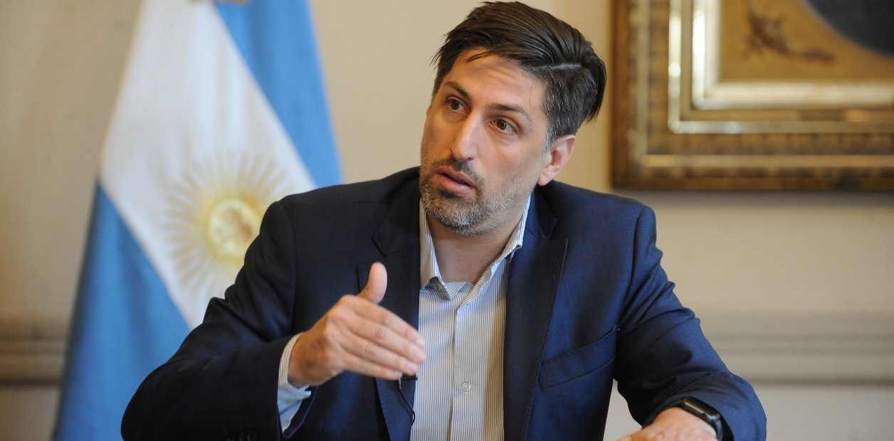 """Nicolas Trotta adelanto que los estudiantes universitarios """"seran los ultimos en volver a las aulas"""""""