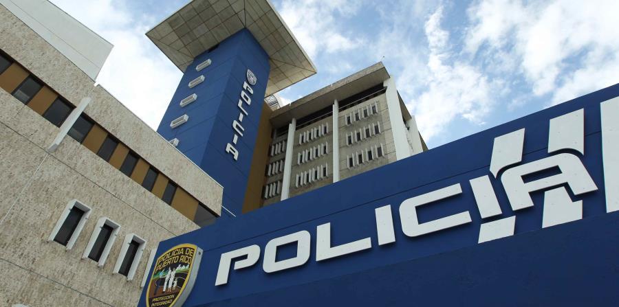 La Policía reanuda servicios para ciudadanos civiles