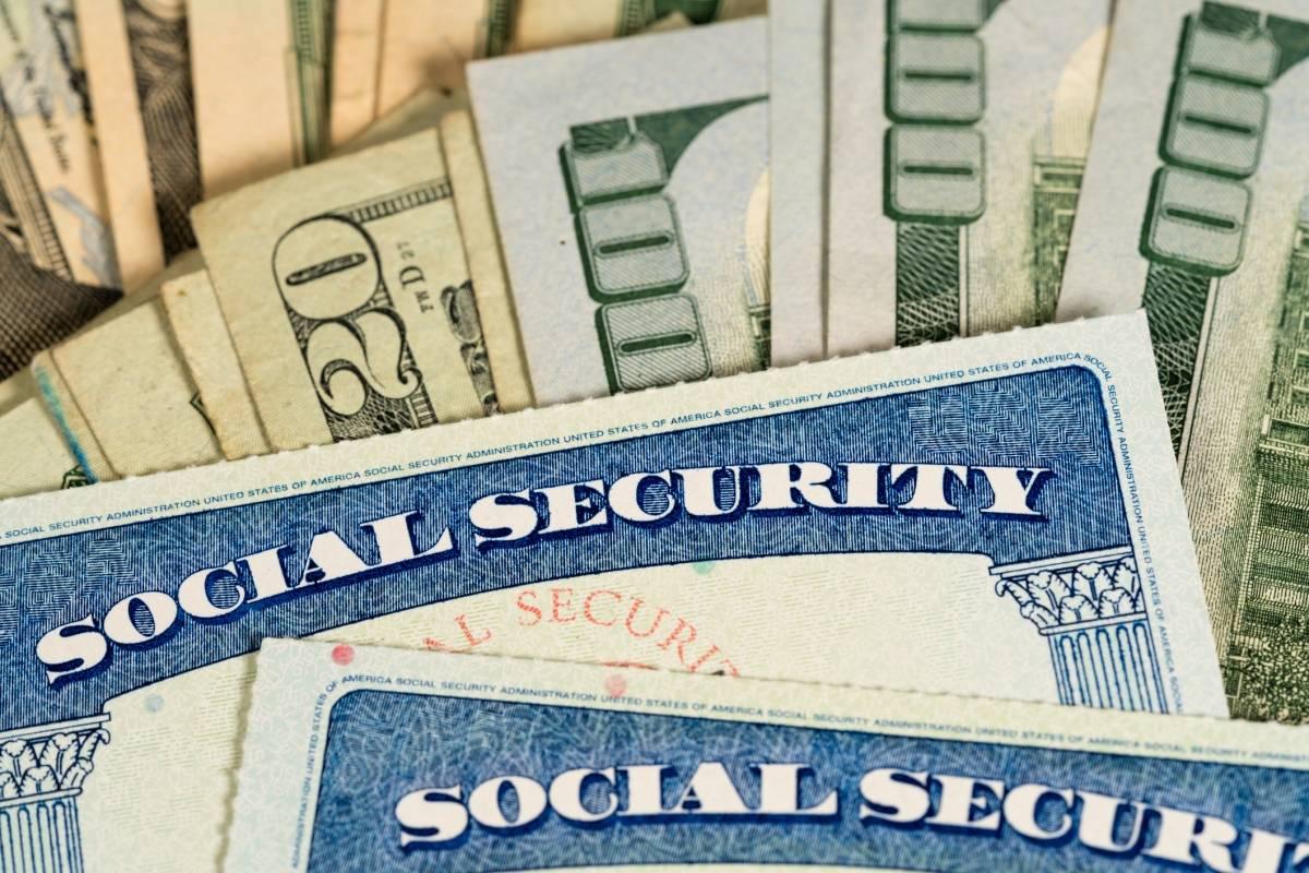 Gobierno federal entregara el 6 de julio datos de beneficiarios del Seguro Social para los $1,200