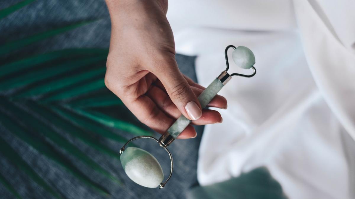 El rodillo de jade superventas de Amazon, hoy a un precio historico: solo 8 euros para incluirlo en tu neceser