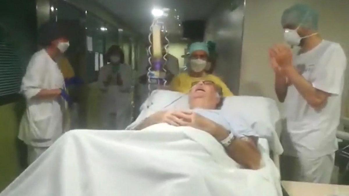 Un paciente de 68 años sale de la uci tras 75 dias intubado