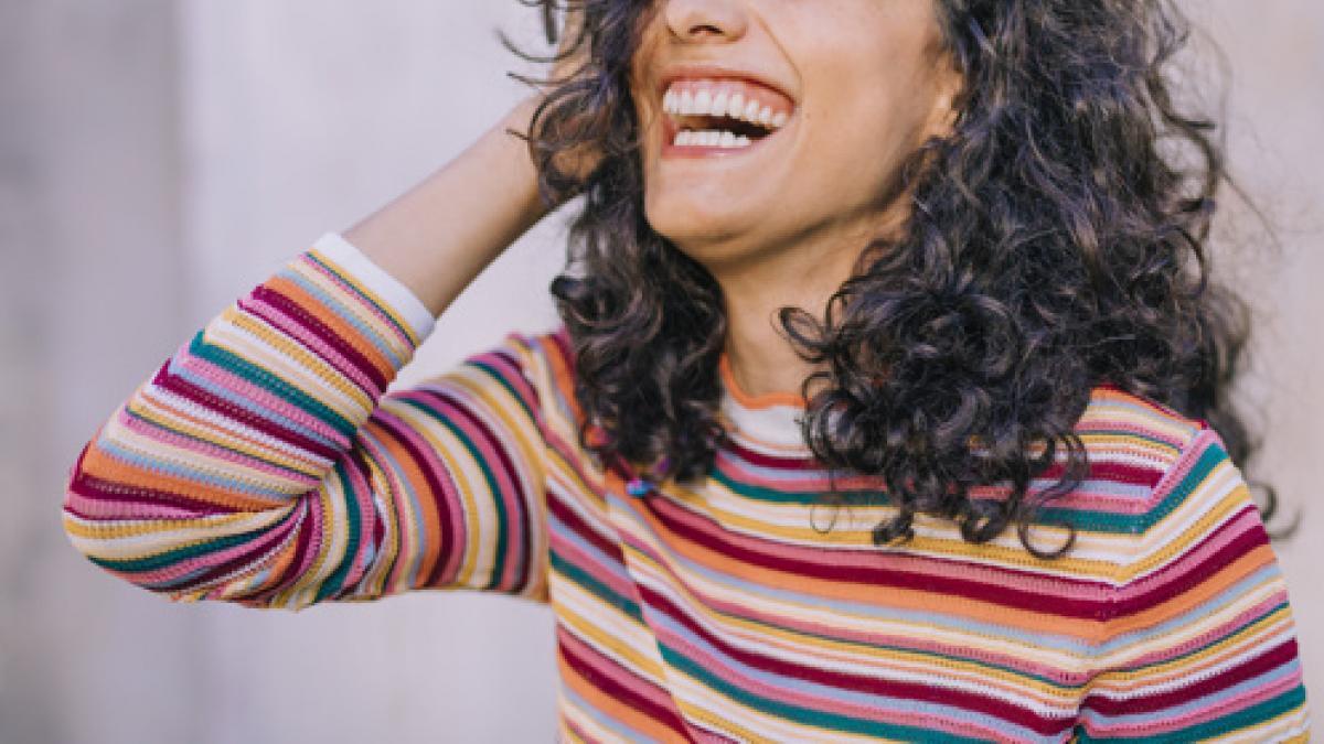 Los secretos del metodo 'curly': cinco pasos para recuperar tus rizos este verano de forma natural
