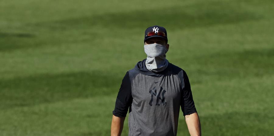 Peloteros de los Yankees dan positivo a coronavirus