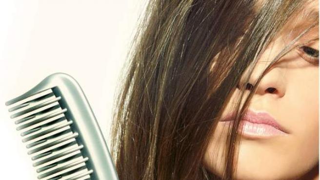 Como peinar correctamente el cabello para evitar puntas abiertas, nudos y rotura del pelo