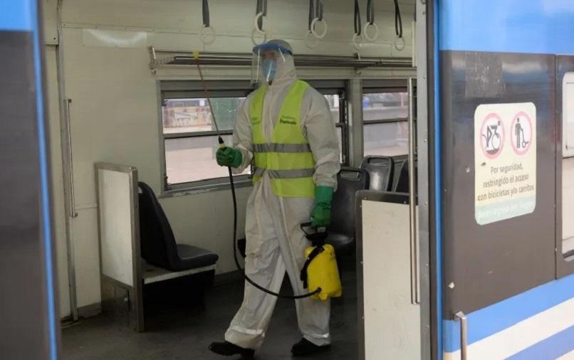Coronavirus: refuerzan medidas de limpieza en trenes tras el contagio de un gerente de la linea Sarmiento