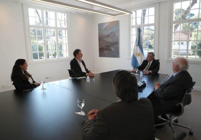 Alberto Fernandez mantuvo una reunion clave con cientificos que investigan una posible vacuna con suero equino