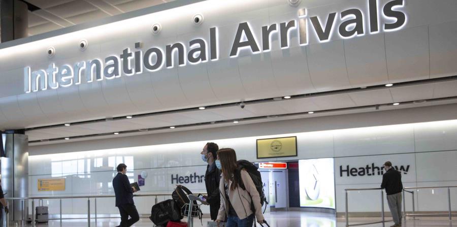 Gran Bretaña retira la cuarentena obligatoria para viajeros de 60 países