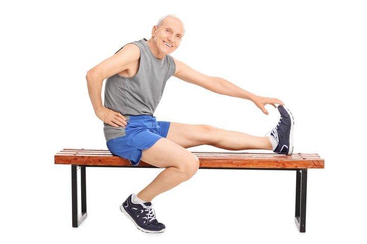 Salud en cuarentena: estirar las piernas para cuidar el corazon