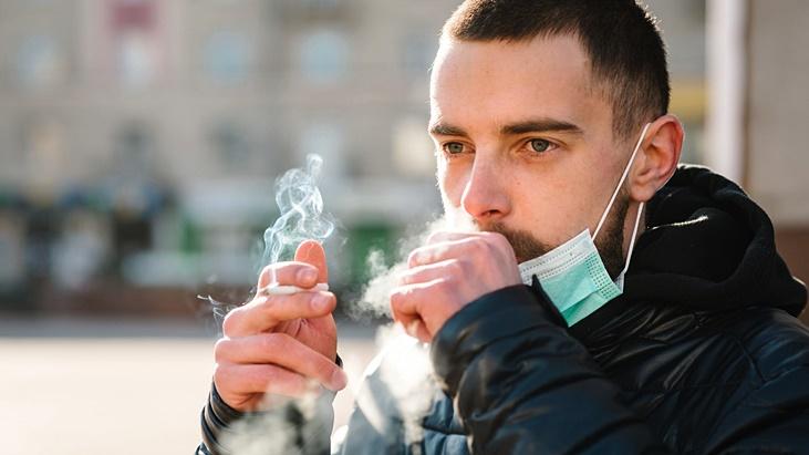 Fumadores con Covid-19 positivo tienen mayor riesgo de presentar sintomas graves, explicaron desde Neumonologia del Hospital Madariaga
