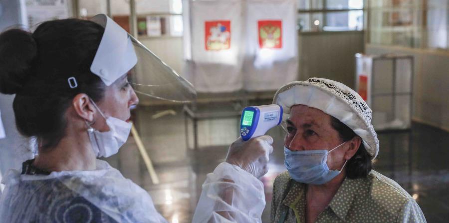 Rusia sobrepasa las 10,000 muertes por COVID-19