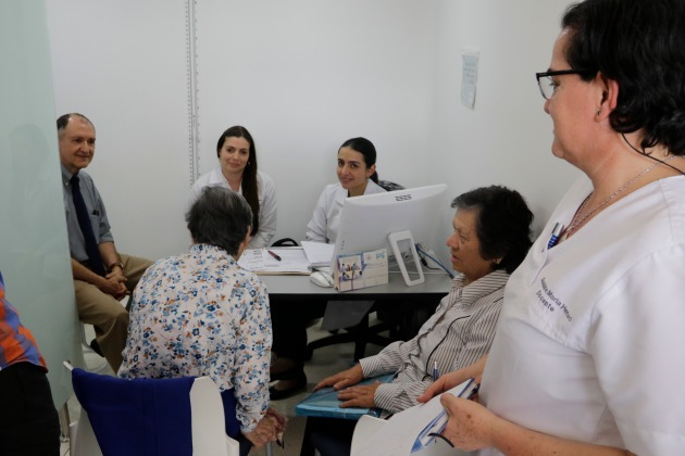 Alzheimer, la padece una persona y la sufre la familia