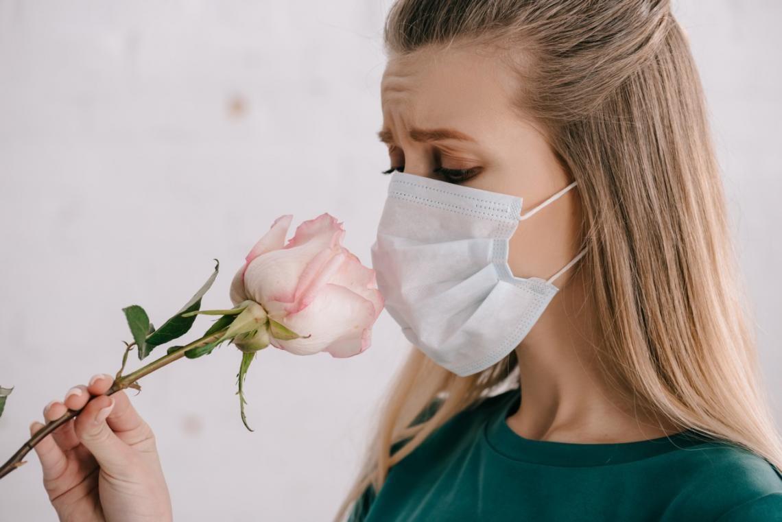 Un estudio revelo cuanto tiempo tardan los pacientes con coronavirus en recuperar el gusto y el olfato