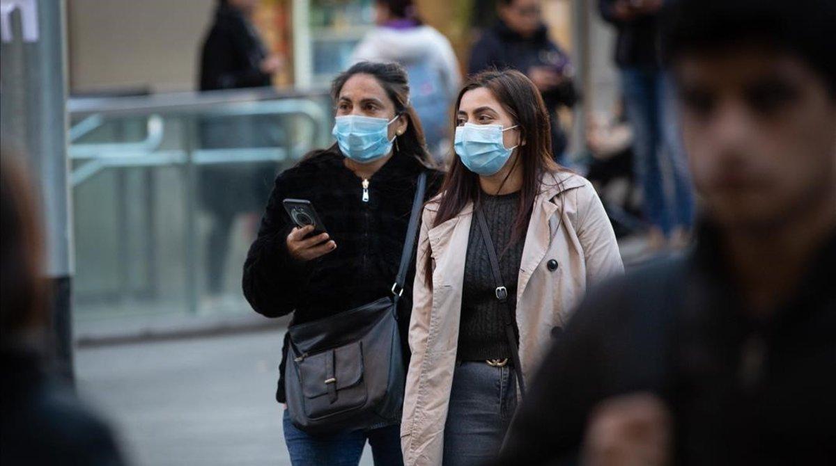 El riesgo de rebrote de coronavirus baja en Barcelona y Lleida