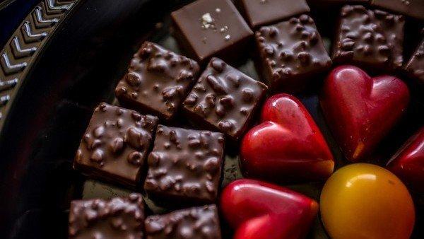 El chocolate es bueno para el corazon, segun un estudio