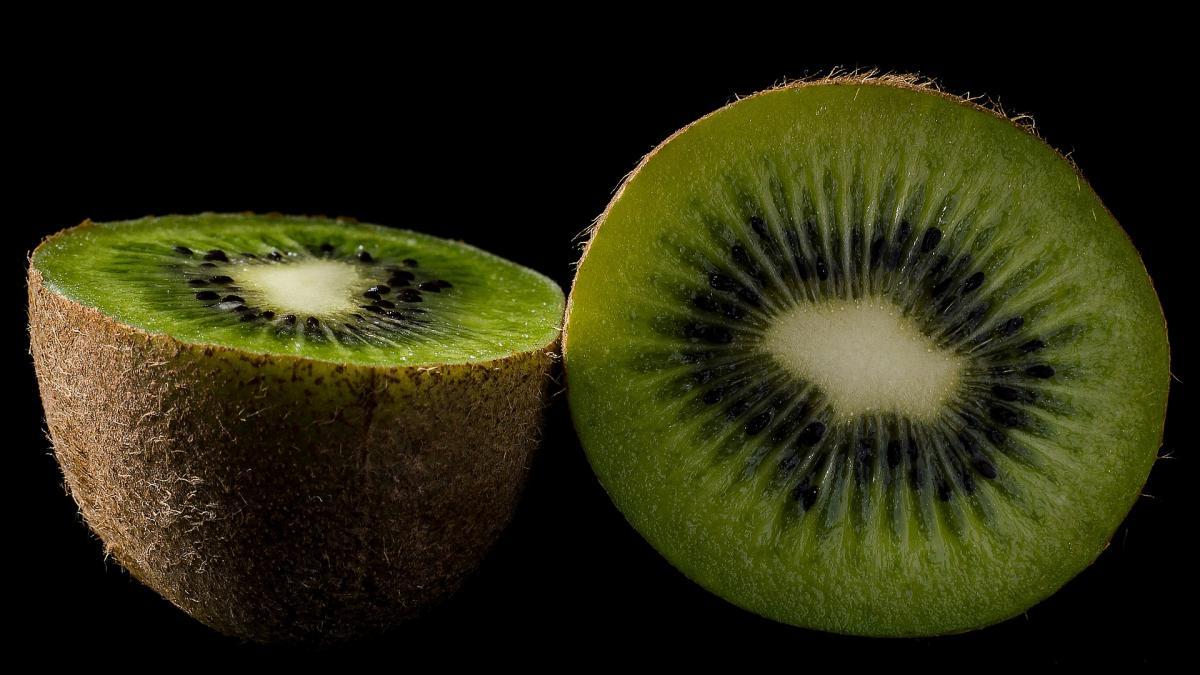 Las propiedades del kiwi: beneficios para tu salud