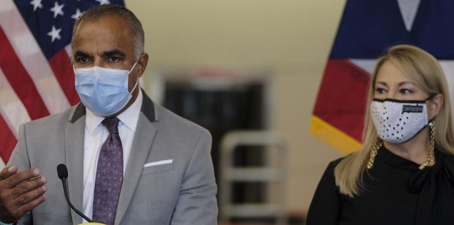 La gobernadora se reúne con el secretario de Salud tras alza de casos de coronavirus