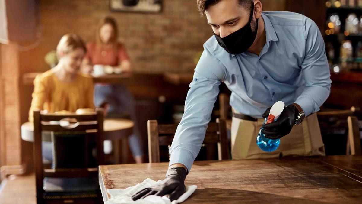 ¿Es arriesgado ir a un restaurante durante la pandemia?