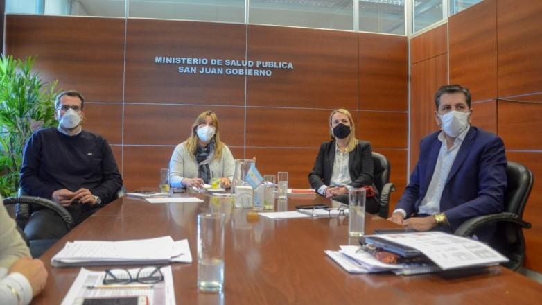 Intendentes y ministros analizaron la situacion sanitaria de la provincia