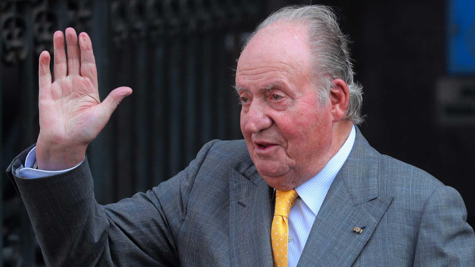 """Zarzuela asegura que el destino del rey Juan Carlos I es un """"asunto privado"""" y sera el quien informe si lo considera"""