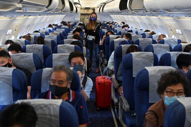 ¿Cual es la probabilidad de contagio de COVID-19 durante un vuelo?