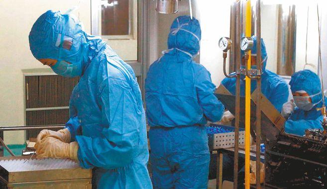 Investigadores en Hong Kong reportan la primera reinfeccion de coronavirus en el mundo