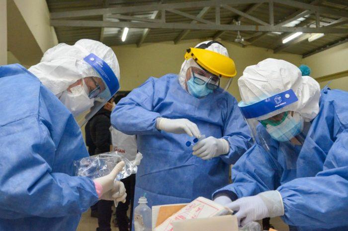 En pocas horas, el Ministerio de Salud realizo hisopados a mas de 260 residentes de Caucete