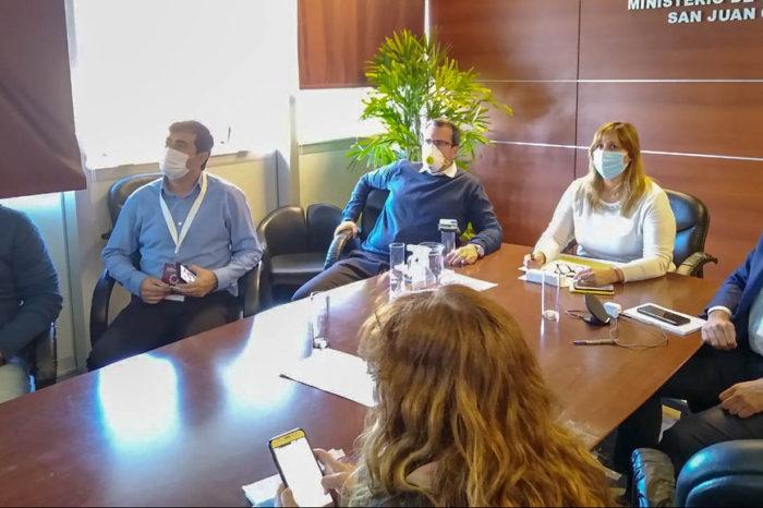 Funcionarios de Salud, Desarrollo Humano y Seguridad evaluaron la situacion sanitaria con los 19 intendentes