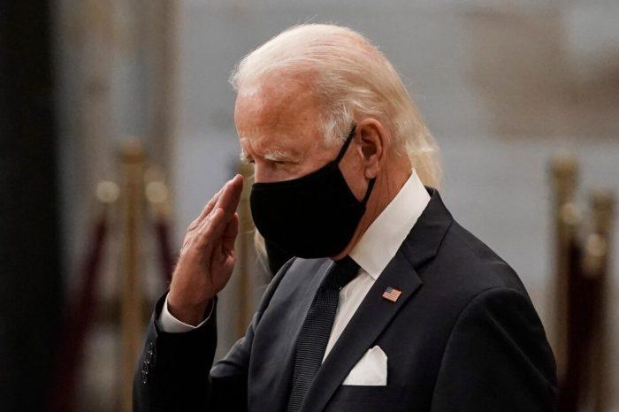Biden pide que sea obligatorio el uso de mascarillas en Estados Unidos