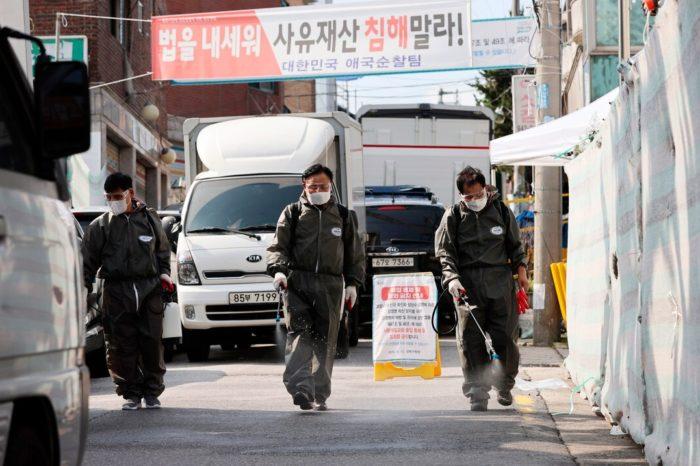 Vinculan 623 casos de COVID-19 a una iglesia en Corea del Sur
