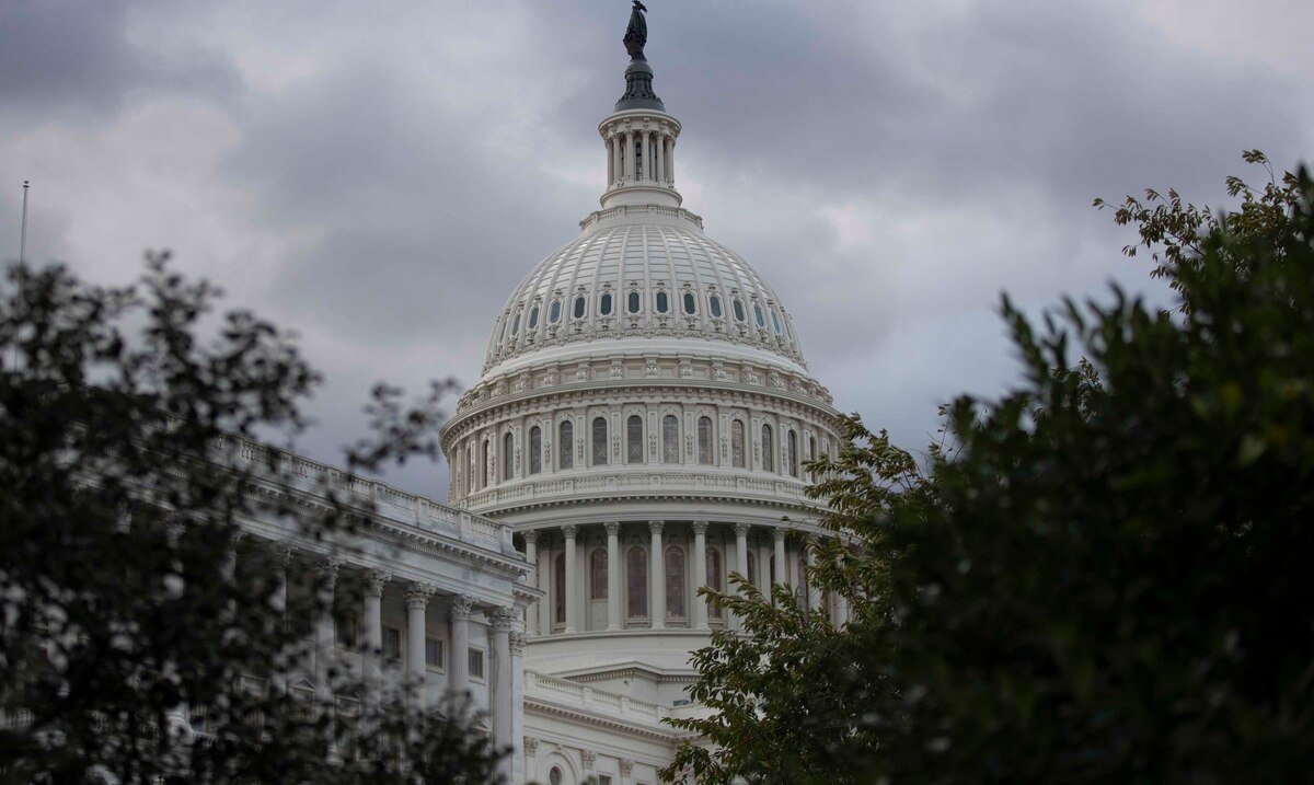 Stimulus package negotiations stalled