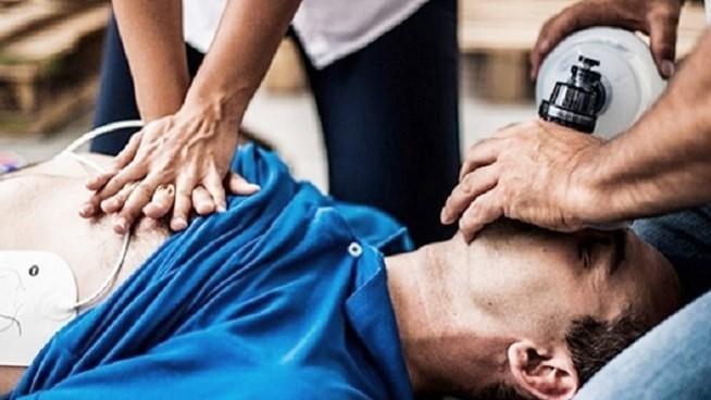 """Semana de Lucha contra la Muerte Subita: """"El 70% de los casos se da en el domicilio, todos deberian saber como hacer RCP"""""""