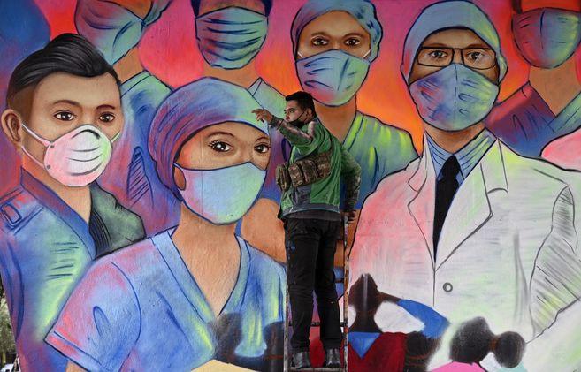 La pandemia de covid-19 se desacelera en casi todo el mundo