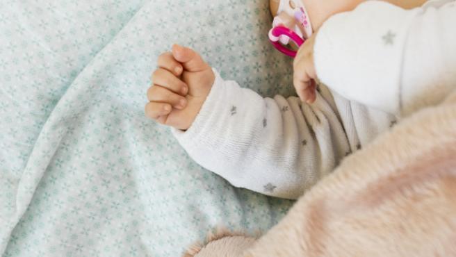 Como funciona el cubo que calma (¡y previene! los colicos de los lactantes y donde encontrar el mejor para mi bebe