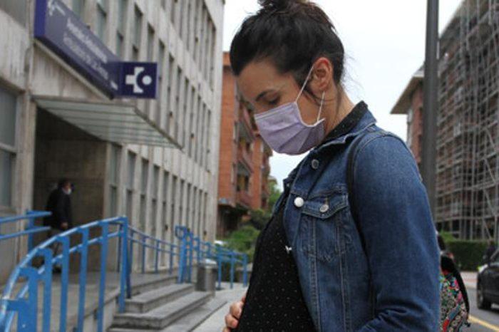 La OMS alerta de que las embarazadas tienen mayor riesgo de Covid-19 grave