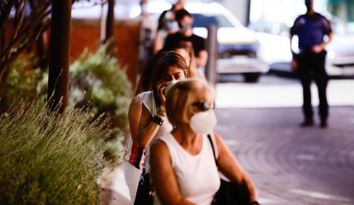 Patentan una mascarilla de rayos UV-C para eliminar el virus mientras se respira