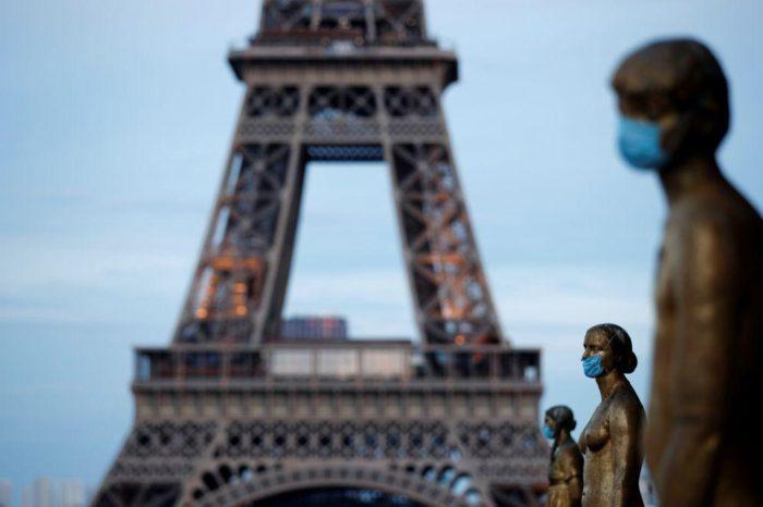 Bajan las hospitalizaciones por covid-19 en Francia, pero crecen los contagios