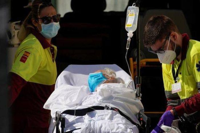 Sanidad suma 8.148 nuevos casos de covid-19 y 25 muertes