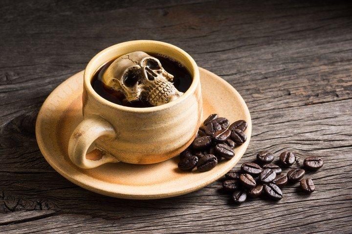 Las ideas del sociologo y antropologo suizo Bernard Crettaz inspiraron los cafe de la muerte. /Shutterstock