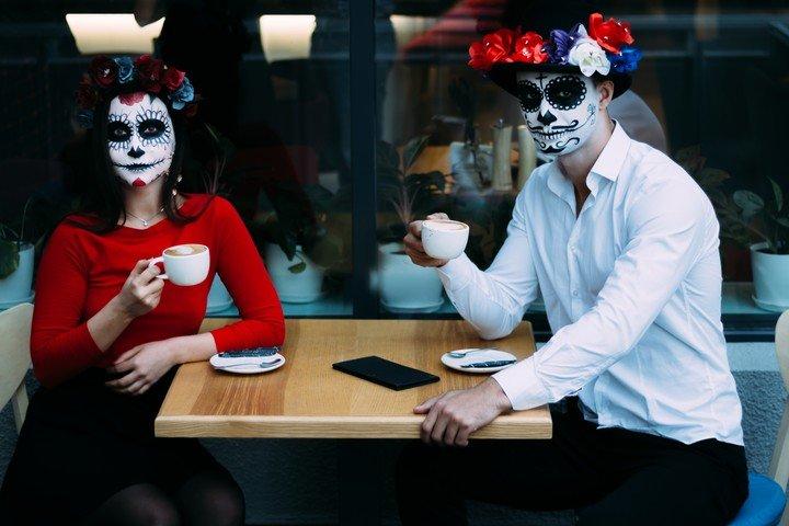 Los cafe de la muerte se expandieron por todo el mundo desde 2004. /Shutterstock