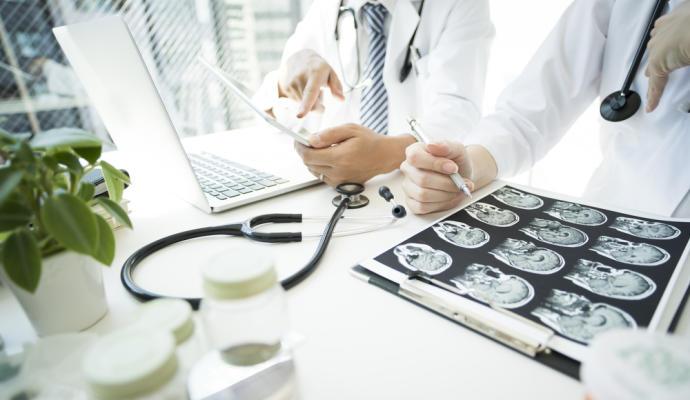 Asocian la epilepsia a un mayor riesgo de muerte por Covid en personas mayores