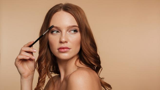 Como deshacerse del maquillaje sin renunciar a una buena cara: 3 productos para lograrlo por menos de 25 euros