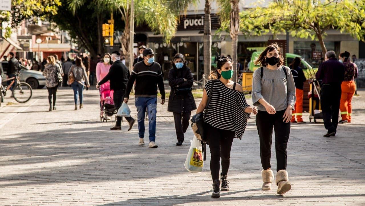 Santiago del Estero mantiene distanciamiento social y exige hisopado para ingresar a la provincia