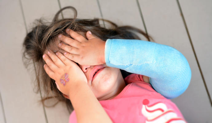Sufrir un trauma infantil hace que el cuerpo y el cerebro envejezcan mas rapido