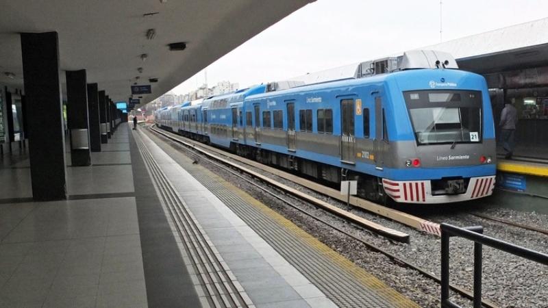 Tren Sarmiento: este miercoles la linea funcionara solo en hora pico