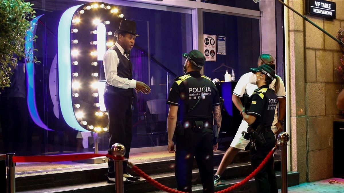El Govern prorrogara el cierre de los locales de ocio nocturno 15 dias mas
